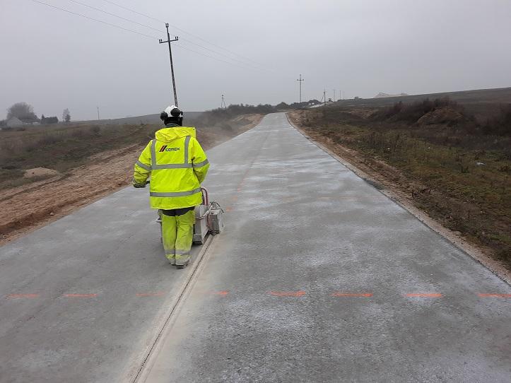 Kolejna droga z betonu wałowanego wykonana przez Cemex Infrastuktura